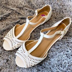 Lulu's 🌸 White Laser Cut Faux Leather Sandals